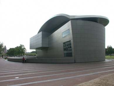 Vincent van Gogh Museum addition - foto: © Petr Šmídek, 2003