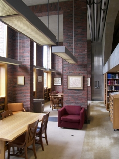 Phillips Exeter Academy Library - foto: Petr Kratochvíl, 2011