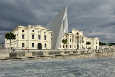Military History Museum - foto: © Bitter Bredt Courtesy of Studio Daniel Libeskind