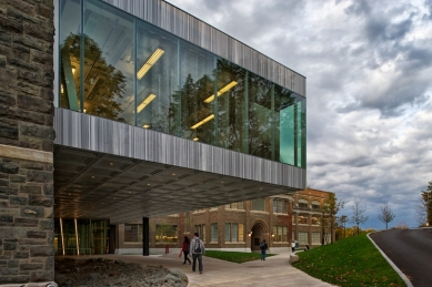 Paul Milstein Hall - foto: © Matthew Carbone