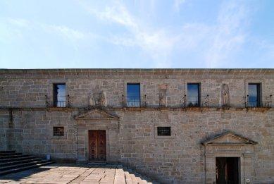 archiweb cz - Conversion of the Santa Maria do Bouro Convent
