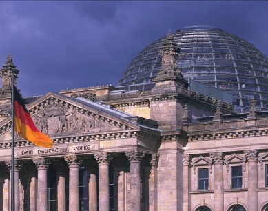 Berliner Reichstag - foto: © Nigel Young/Foster + Partners