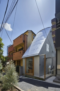 Love2 House - foto: Koji Fujii / Nacasa&Partners Inc