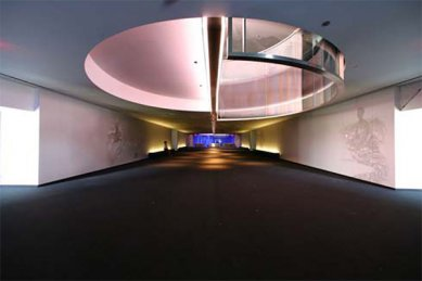 Guthrie Theater - Guthrie Theater – Level 4 Target Lobby - foto: © Gallop Studios